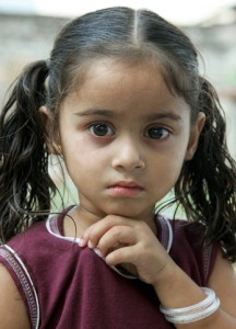 Auch über 90% der Ägypterinnen werden genitalverstümmelt, ebenso Mädchen in der Mehrzahl der arabischen Länder und in Indonesien und Malaysia - und bis zu 80% der entsprechenden Migrantinnen in Deutschland. Doch ihr Schutz steht nicht auf der Agenda deutscher Politiker...