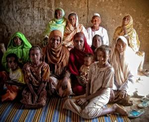 Mütter überlassen ihre Töchter der Genitalverstümmelung - nicht obwohl, sondern WEIL sie selbst Opfer sind